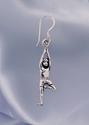 Bild på Trädet yogaposition silverörhängen